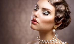 珍珠装饰的美女人物摄影高清图片