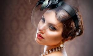 欧美复古气质美女侧面摄影高清图片