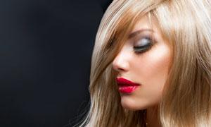 黑色抹胸长发红唇美女摄影高清图片