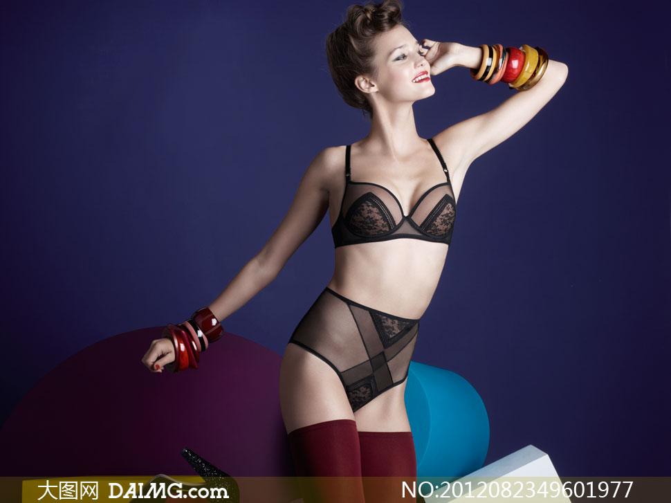 黑色内衣美女模特侧面摄影高清图片 大图网设