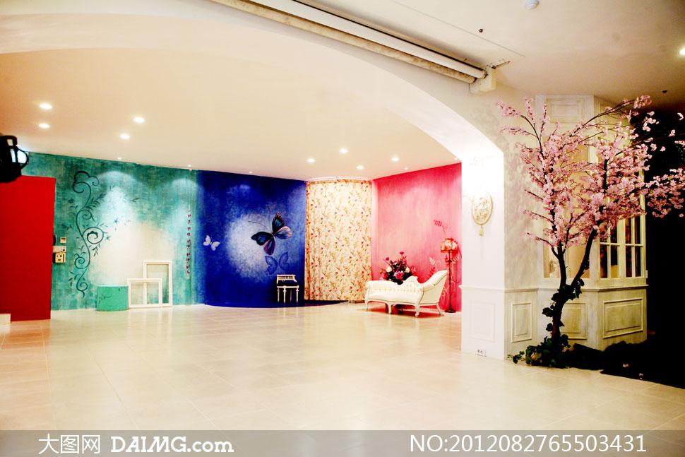 室内装饰画与沙发影楼摄影背景图片 - 大图网免费素材