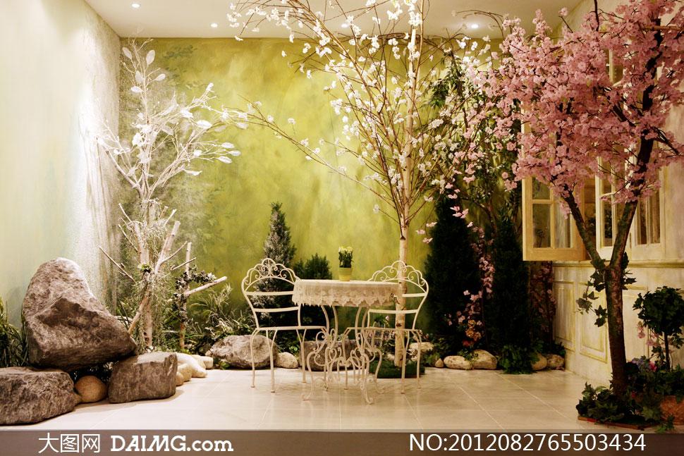 室内欧式古典地砖地板布置摆设陈设装饰吸顶灯植物鲜