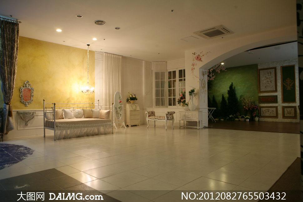 室內吊燈沙發家具影樓攝影背景圖片