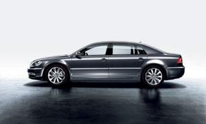 大众豪华高级轿车侧面摄影高清图片