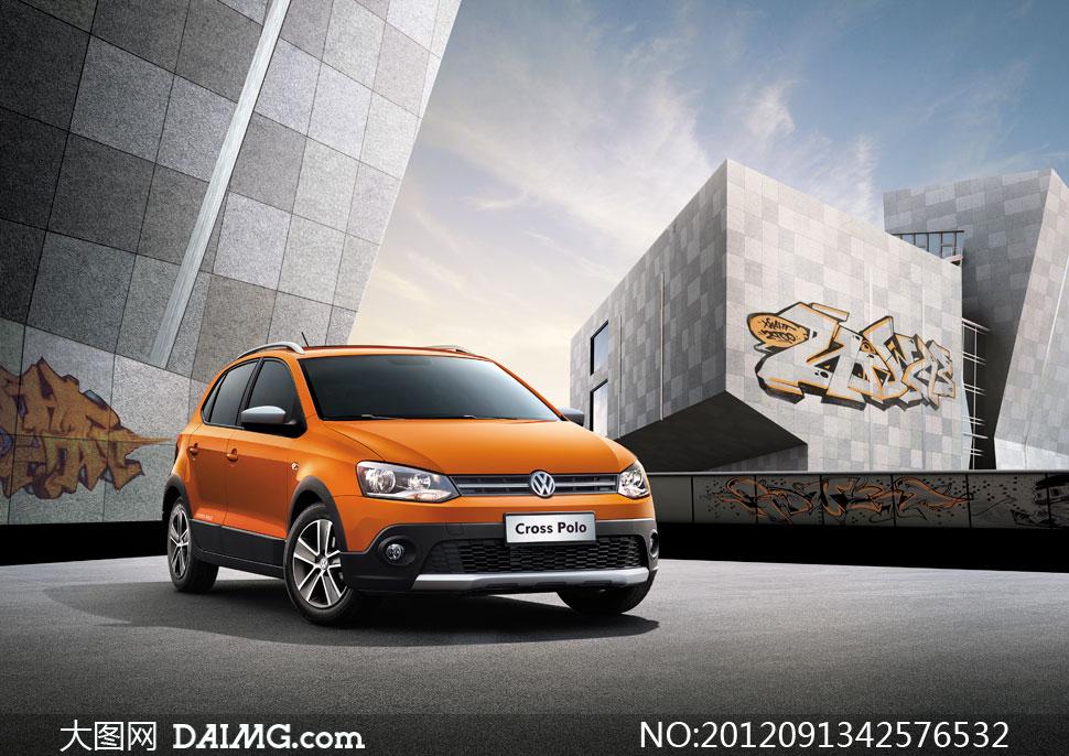 上海大众全新crosspolo广告图片