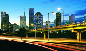 深圳繁华夜景和公路摄影图片