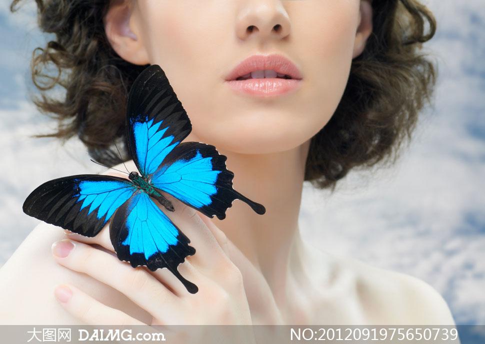 天生就是蝴蝶唇图片