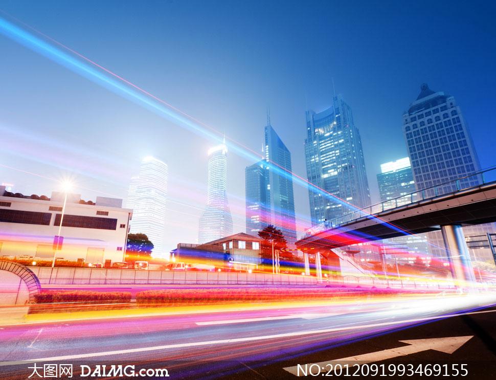 关键词: 高清摄影大图素材图片风景景观城市公路道路马路街道繁华