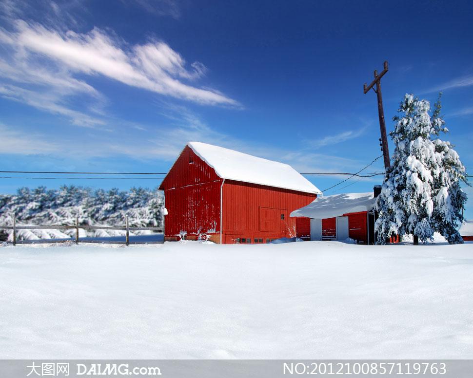 白雪下的红色房子影楼摄影背景图片