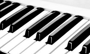 钢琴黑白颜色琴键特写摄影高清图片