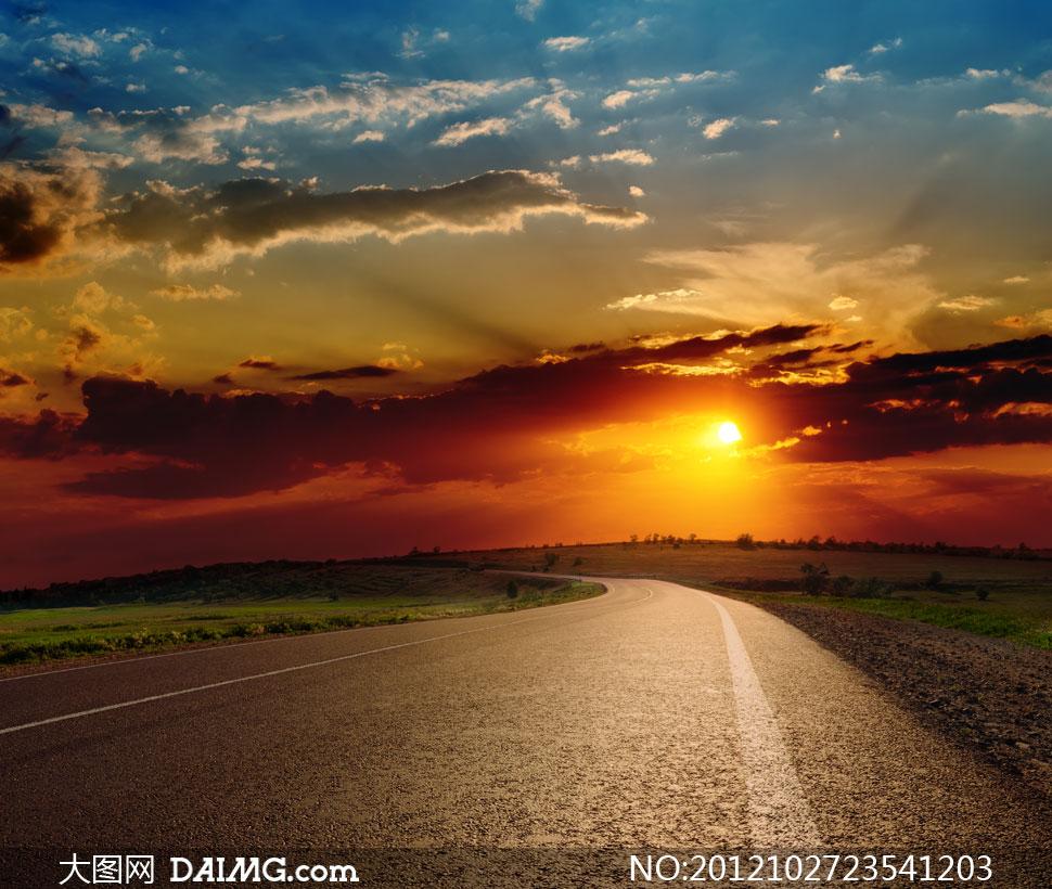 黄昏天空云彩公路风景摄影高清图片 - 大图网设计素材图片