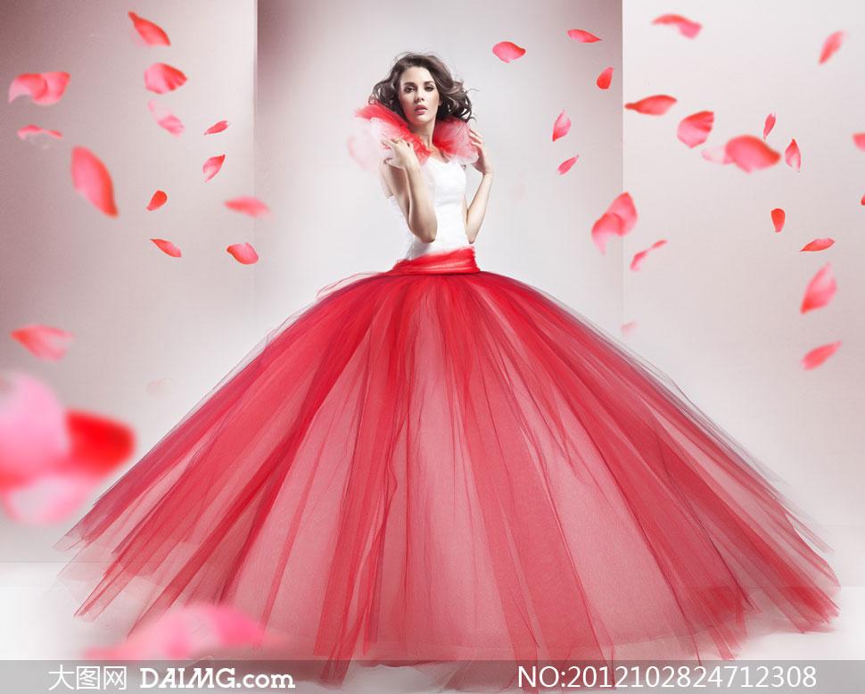 身穿红色蓬蓬裙的美女摄影高清图片 大图网设