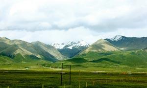 高原山峦风景摄影图片