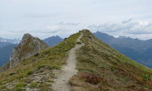 山顶小路摄影图片素材