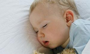 熟睡状态的可爱小宝宝摄影高清图片