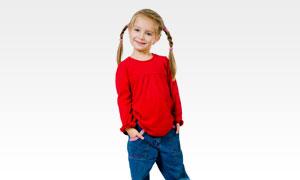 穿红上衣的牛仔裤女孩摄影高清图片