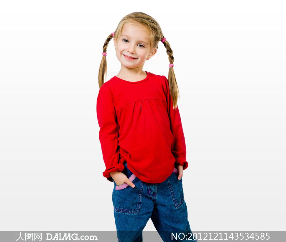 关键词: 高清摄影大图图片素材人物小女孩小女生可爱外国国外开心笑容