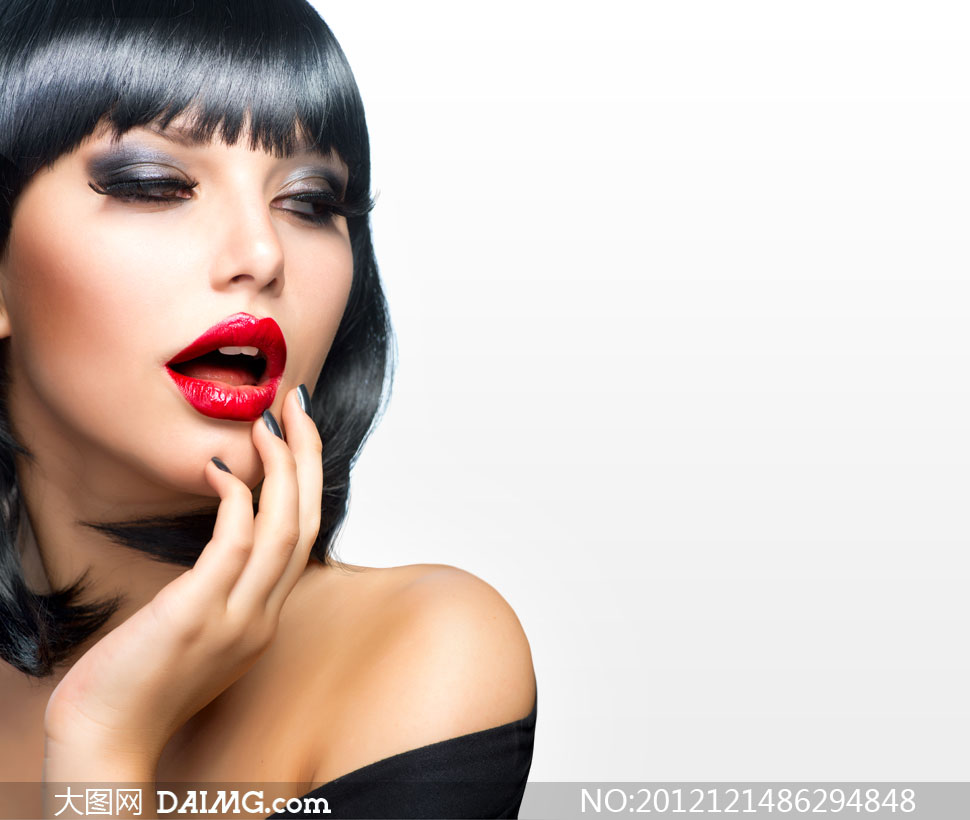 亮黑秀发红唇美女人物摄影高清图片