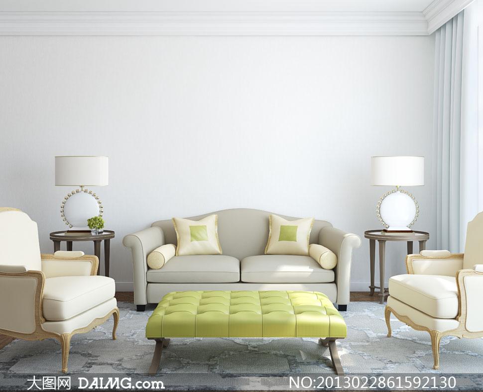 室内房间里的沙发台灯摄影高清图片