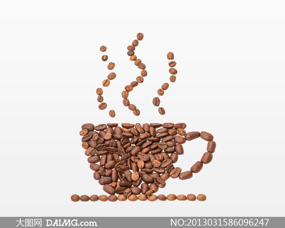 关键词: 高清摄影大图图片素材咖啡豆图案咖啡杯子热气图案