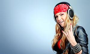 戴耳机头巾的美女人物摄影高清图片