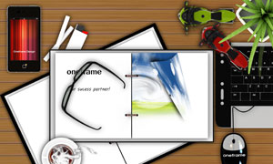 桌面上的线圈本鼠标等PSD分层素材