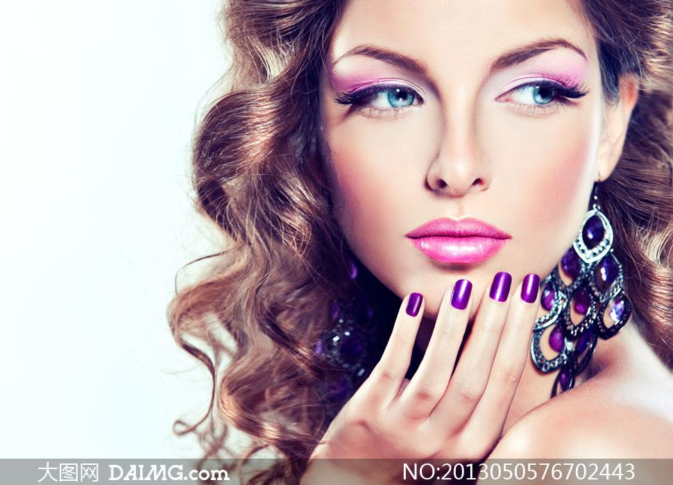 欧美女裸穴�_关键词: 高清摄影大图图片素材人物美女外国国外女性女人美妆妆容美甲