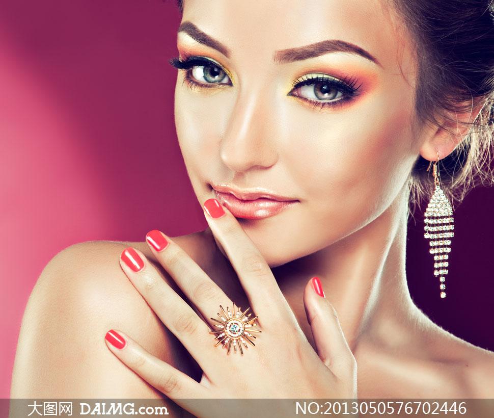 露肩美甲美女模特人物摄影高清图片