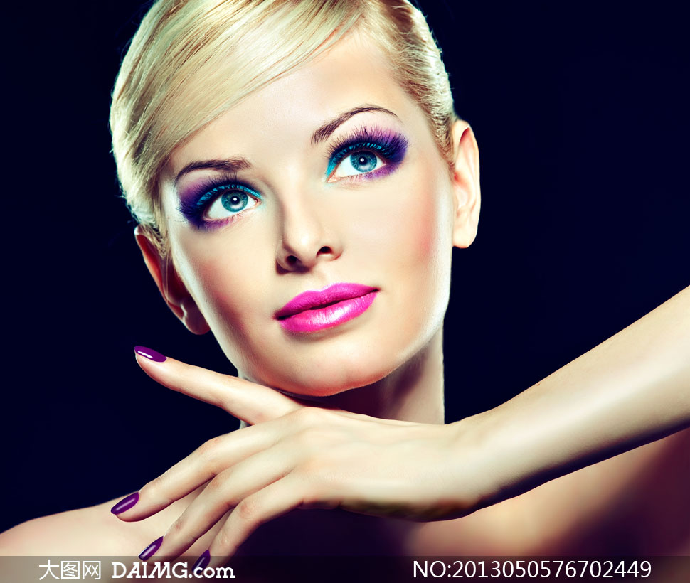 浓妆短发美女模特人物摄影高清图片