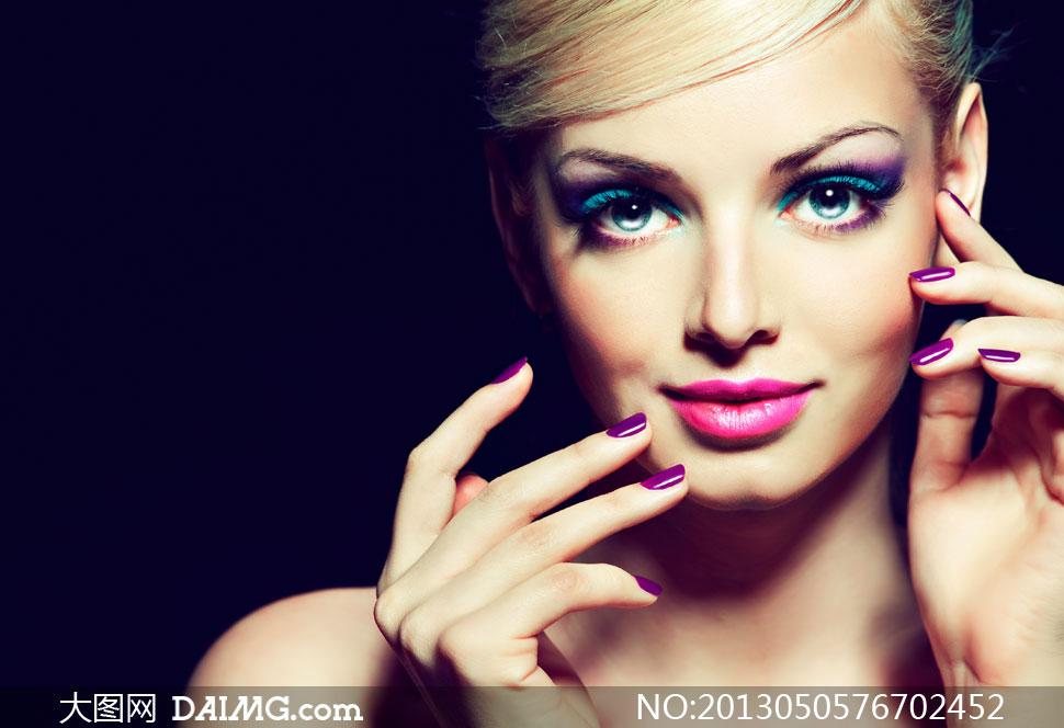 着浓妆的美女模特人物摄影高清图片
