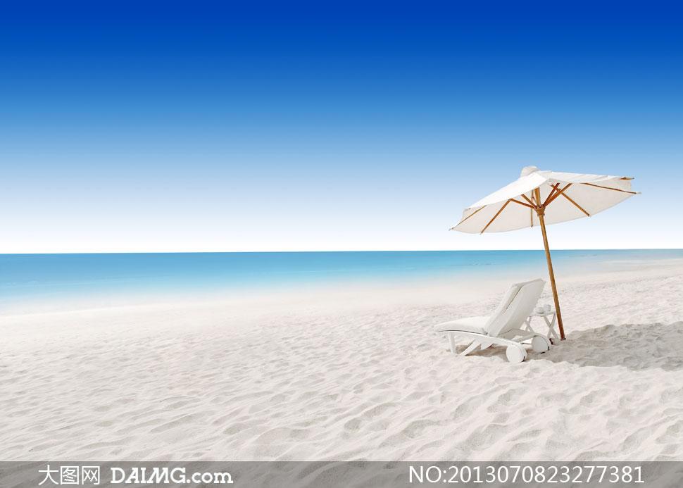 蓝天大海遮阳伞沙滩椅摄影高清图片 - 大图网设计素材