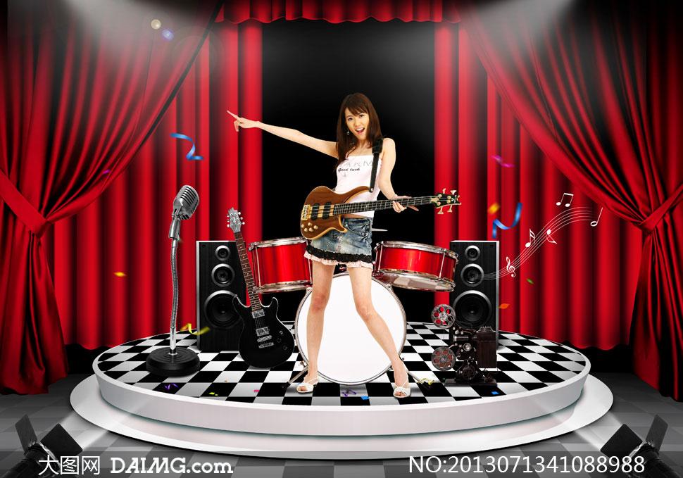 美女手势指向灯光聚光灯话筒麦克风架子鼓音箱音响黑