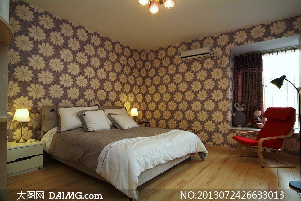 卧室花朵墙纸陈设内景摄影高清图片