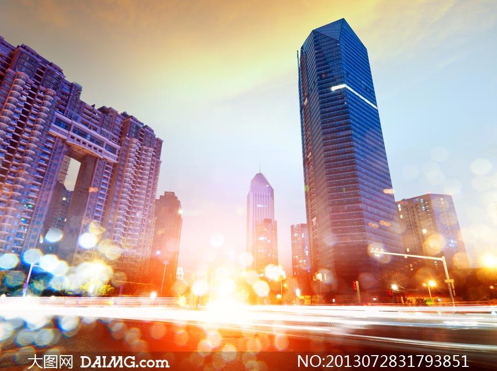 城市建筑物与梦幻散景