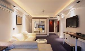 客厅沙发家具与电视机摄影高清图片