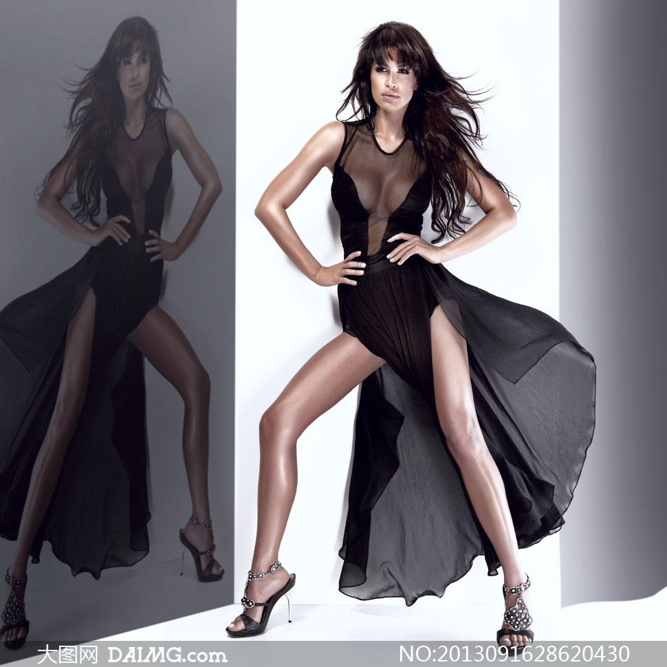 穿黑色透视长裙的美女摄影高清图片
