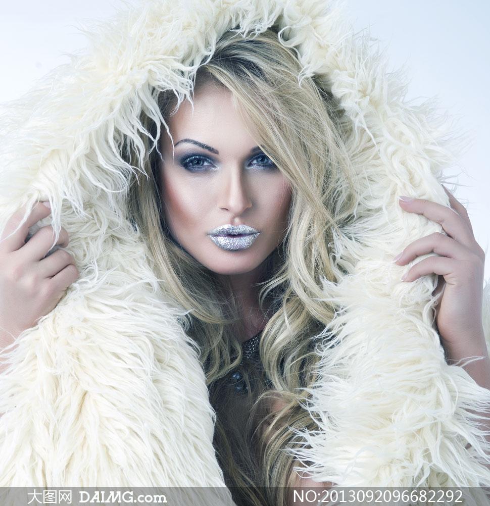 穿视频蕾丝的唇妆皮草v视频情趣外套高清图片巨美女美女乳图片