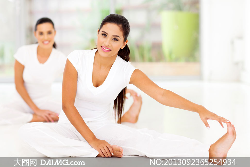 瑜伽健身运动美女人物摄影高清图片