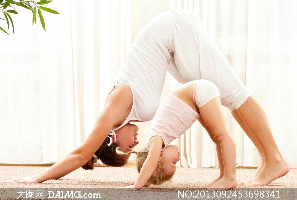 植物竹子窗帘瑜伽垫小女孩小孩儿童盘头盘发辫子亲子