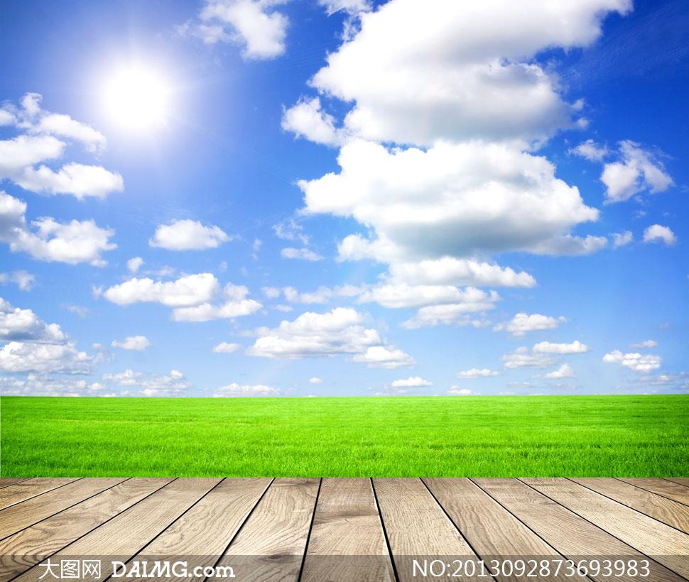 蓝天白云草地阳光风光摄影高清图片