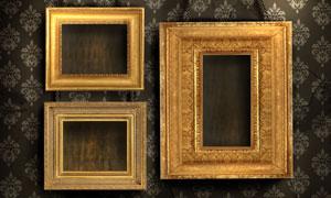 铁链悬挂着的金质相框摄影高清图片