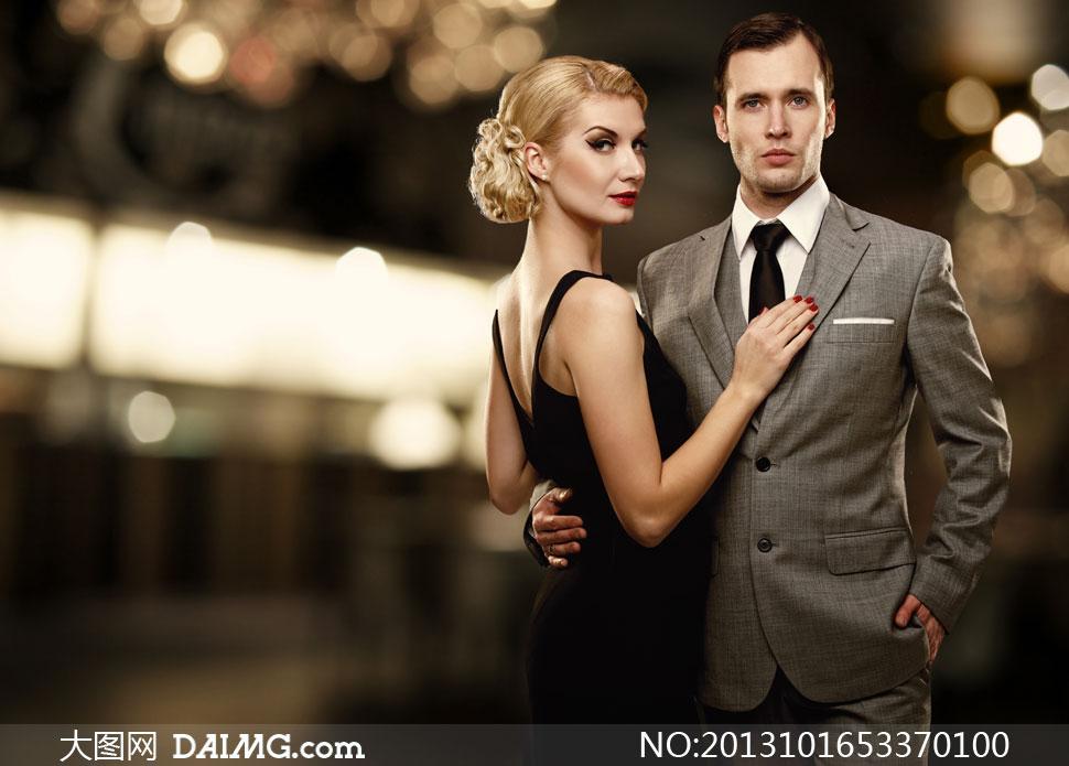 晚礼服美女与绅士男人摄影高清图片