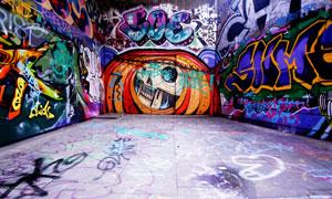 墙上多彩涂鸦绘画创意设计高清图片