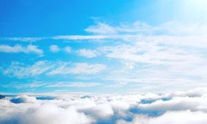 蓝天与厚厚的云层风光摄影高清图片