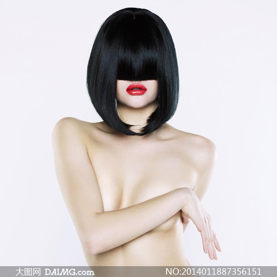 被黑发遮住双眼的美女摄影高清图片