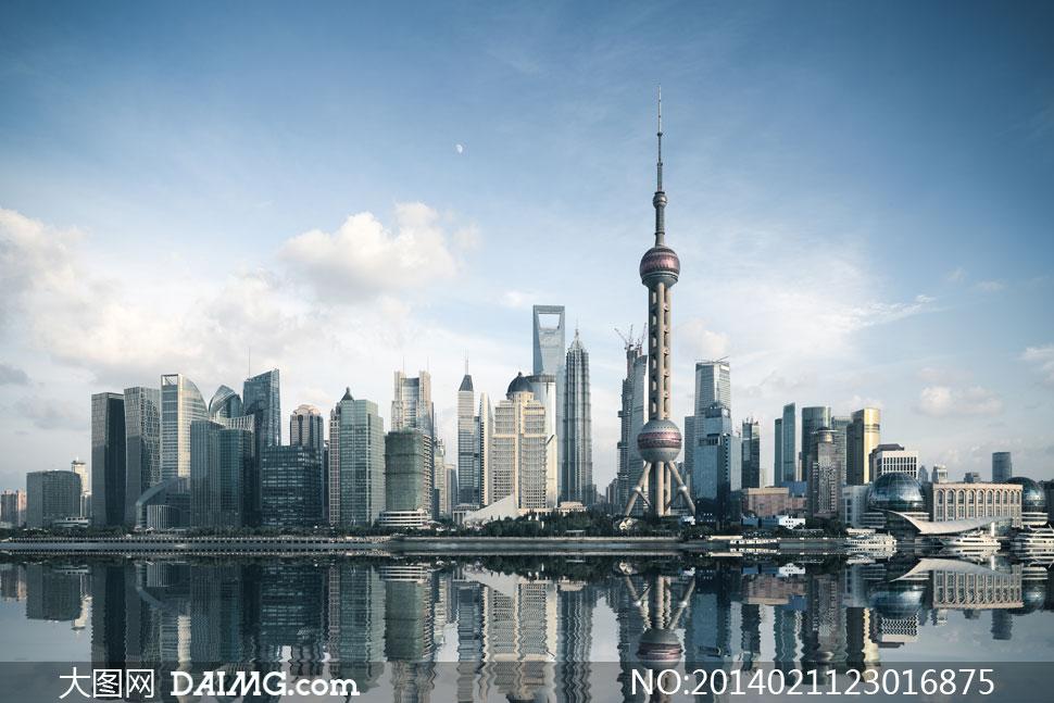 上海东方明珠塔等地标建筑高清图片