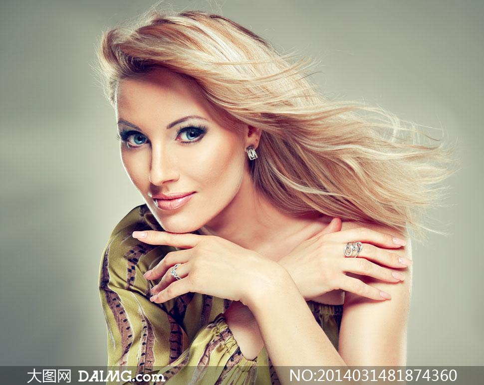 斜肩秀发美女模特人物摄影高清图片 - 大图网设计素材