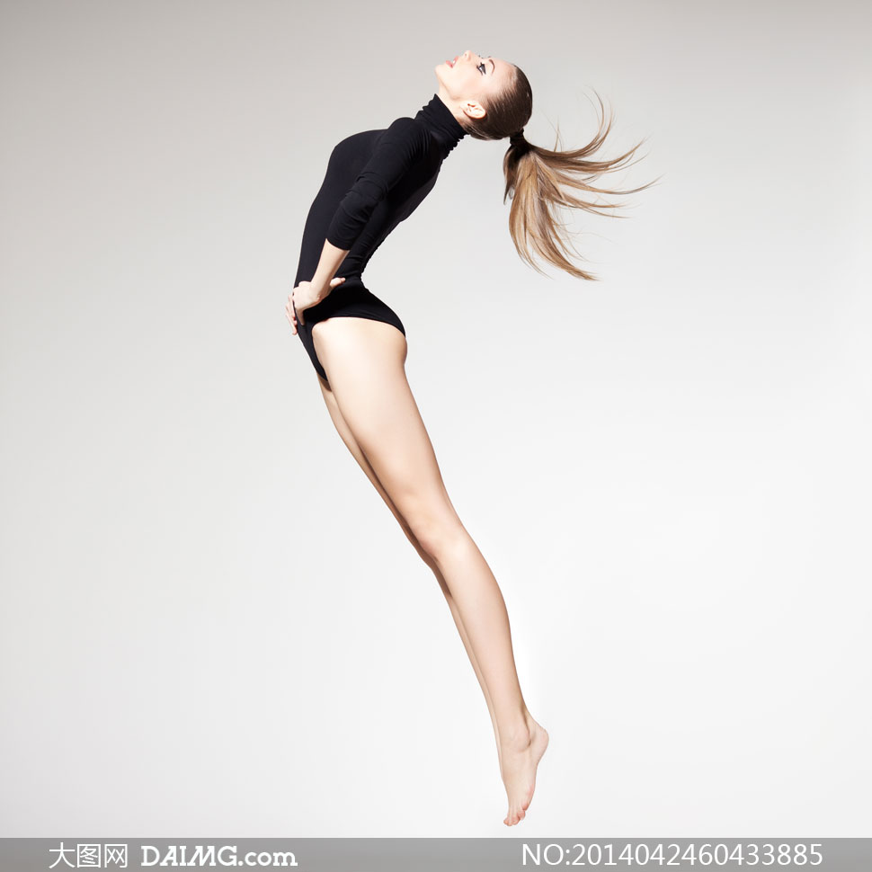 黑色高领连体衣装美女摄影高清图片