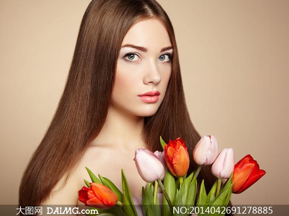妆唇妆红唇玫瑰花郁金香鲜花花朵露肩裸肩郁金香中分