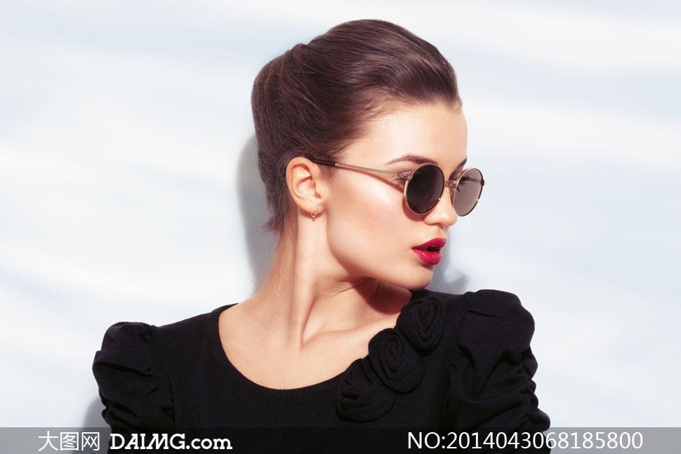 高清摄影大图图片素材人物欧美美女模特女人女性黑色红唇唇妆眼镜墨镜